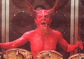 satan_on_the_drums